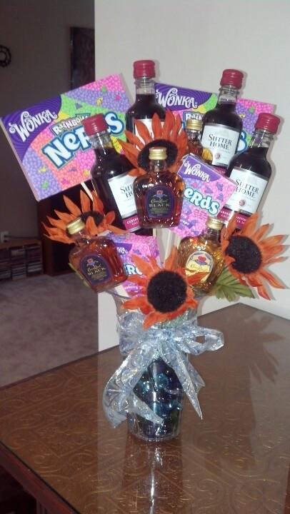 4 Year Wedding Anniversary Gift Ideas For Him  Best 25 4th anniversary ts ideas on Pinterest