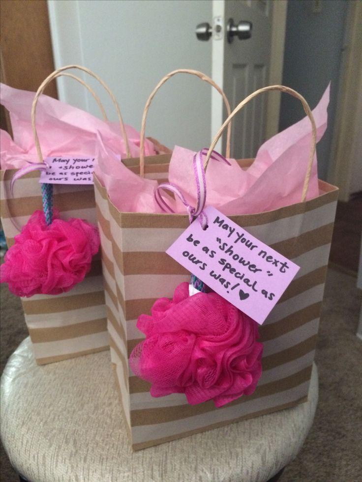 Baby Shower Gift List Ideas  Best 25 Hostess ts ideas on Pinterest