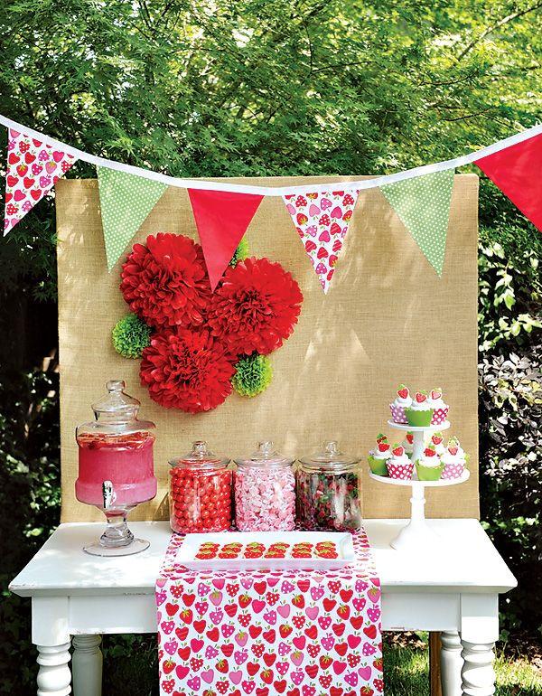 Backyard Summer Party Decorating Ideas  Best 25 Backyard party decorations ideas on Pinterest