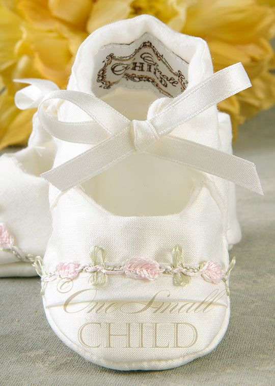 Baptism Gift Ideas For Baby Girl  1000 ideas about Baby Christening Gifts on Pinterest