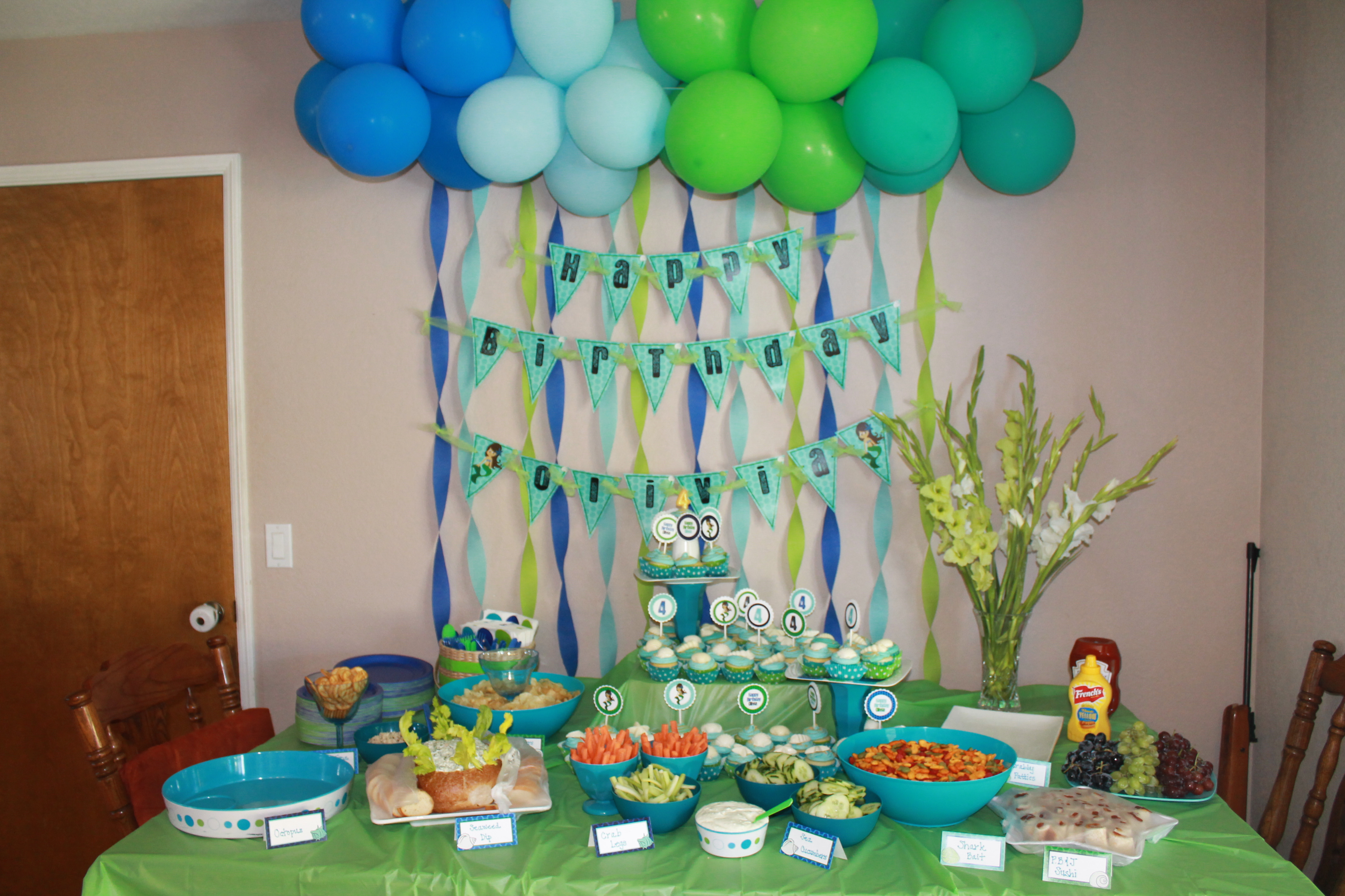 Birthday Decorations Ideas At Home  Party Planning Tips for Organizing Children's Birthday