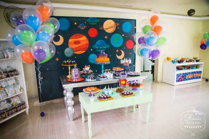 Birthday Decorations Ideas At Home  Kara s Party Ideas Home Inspired Alien Birthday Party via