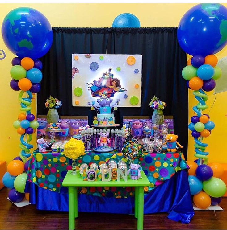 Birthday Decorations Ideas At Home  Boov party theme Dreamworks home