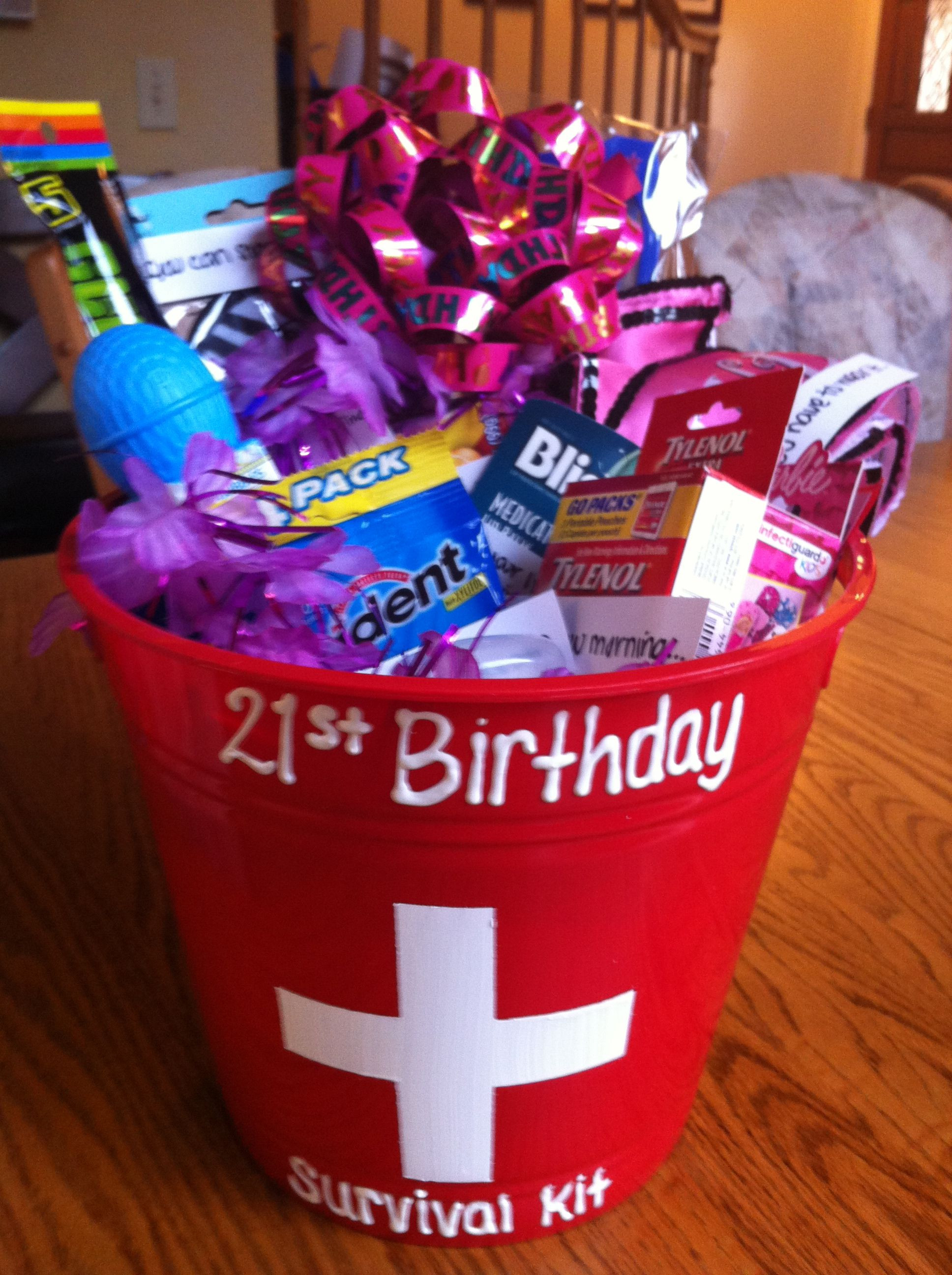 Birthday Gift Ideas For Daughter Turning 21  Gift basket My daughter made this for my daughter her