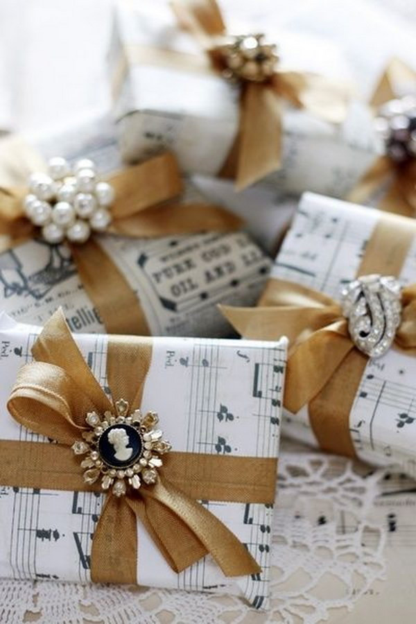Christmas Gift Wrapping Ideas Elegant  Easy to Make Romantic Sheet Music Decorating Projects DIY
