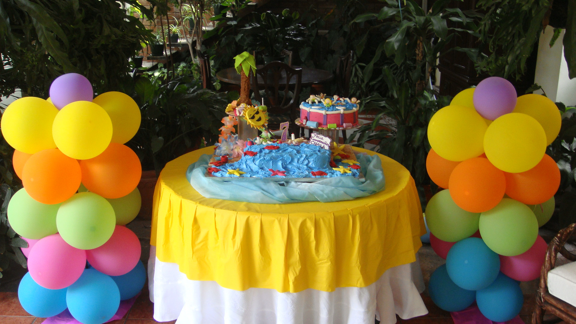 Cool Pool Party Ideas  Ideas for a Cool Sunny Pool Party