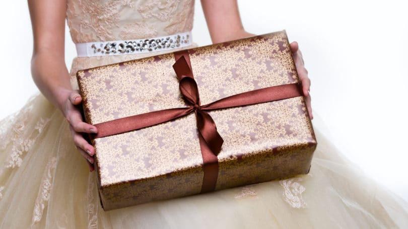 Creative Wedding Gift Ideas  11 Unique & Creative Wedding Gift Ideas on a Cheap Bud