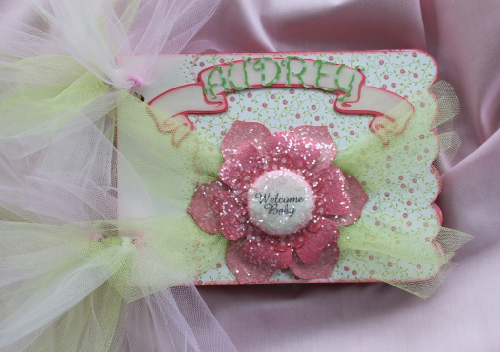 DIY Baby Girl Gifts  25 DIY Baby Shower Gifts for the Little Girl on the Way