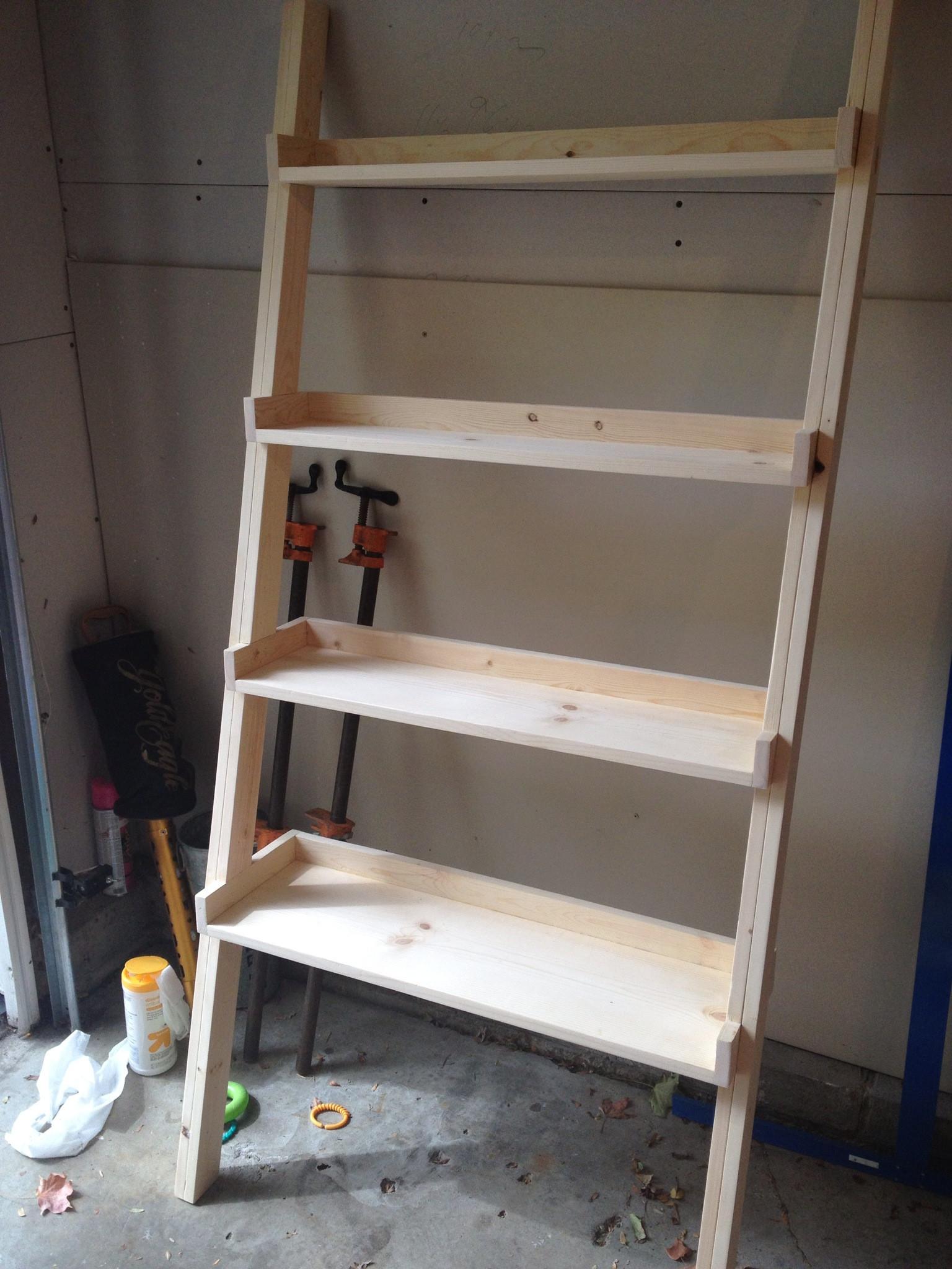 DIY Bookshelf Plans  bookshelf diy plans