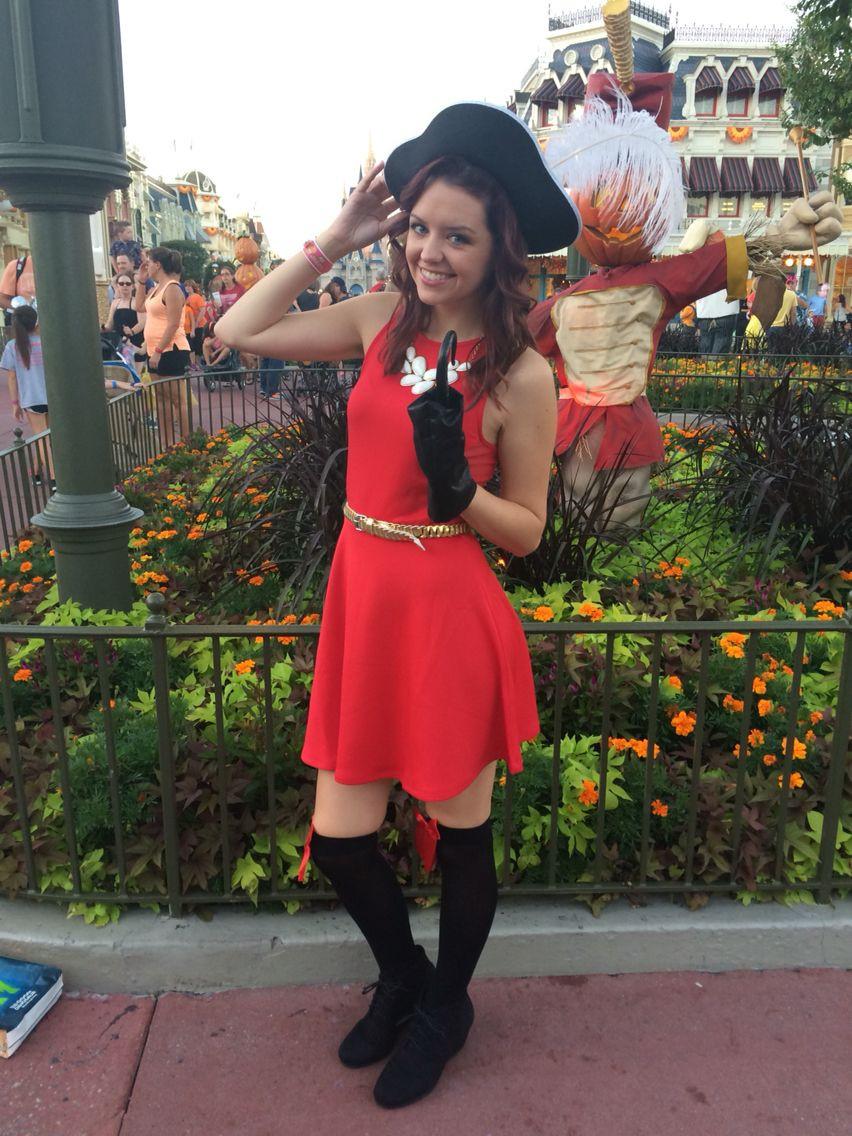 DIY Captain Hook Costumes  DIY Cute Women s Captain Hook Halloween Costume and Makeup