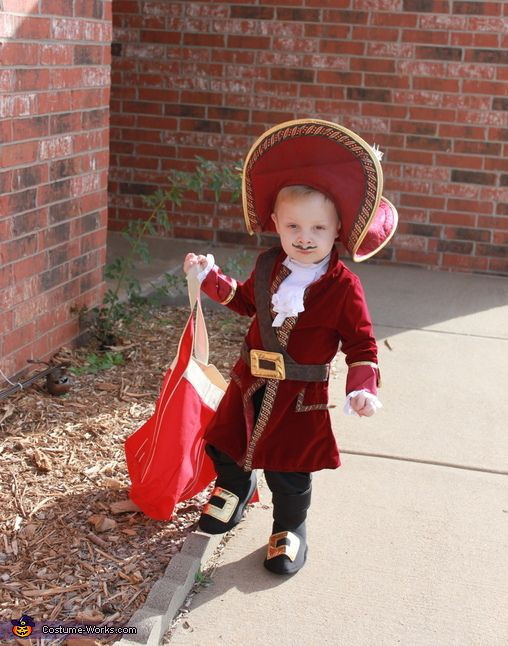 DIY Captain Hook Costumes  Captain Hook Halloween Costume Contest at Costume Works