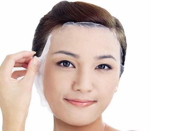 DIY Egg White Peel Off Mask  5 Best DIY Peel off Masks for Smooth Skin without Gelatin