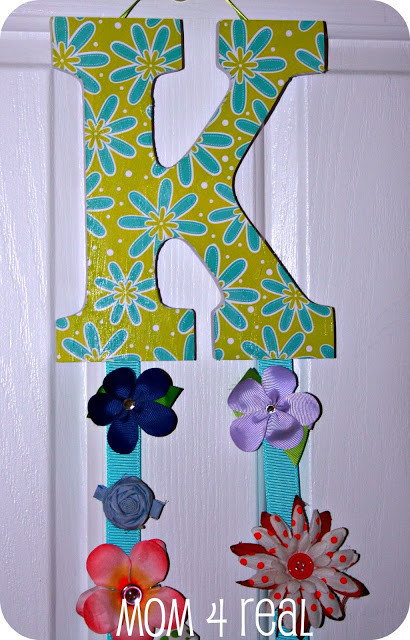DIY Hairbow Holder  How to Make a Hair Bow Clip Holder Mom 4 Real