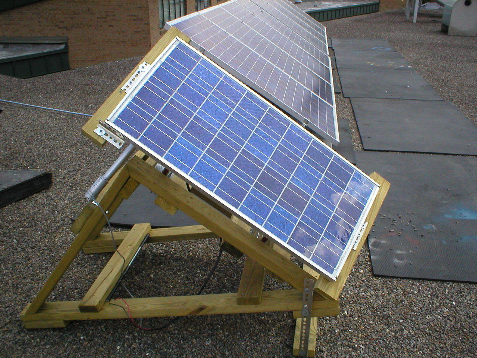 DIY Solar Tracker  Solar PV Tracker 6 Steps with