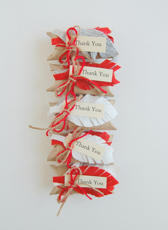DIY Thanksgiving Gifts  Toilet Paper Roll Gift Box northstory