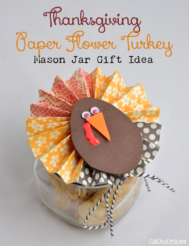 DIY Thanksgiving Gifts  Homemade Holiday Wreath and Ornament Craft Idea Round up
