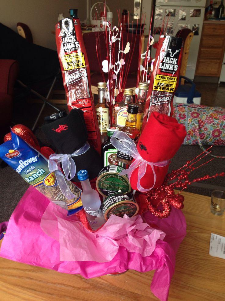 DIY Valentine'S Day Gifts For Boyfriend  DIY boyfriend t liquor bouquet valentines day