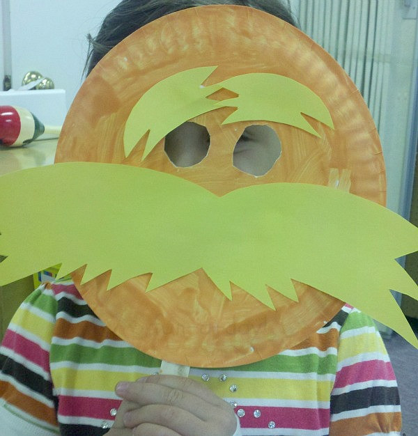Dr Seuss Craft Ideas For Preschoolers  25 Dr Seuss Activities Perfect for a Preschool Dr Seuss