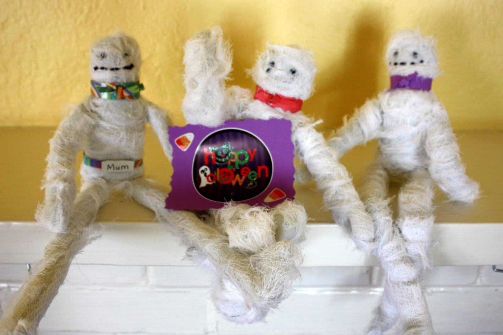 Fun Craft For Preschoolers  Fun Crafts for Preschoolers Halloween Craft Mummies