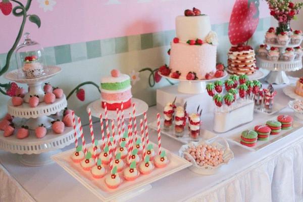 Girls 2Nd Birthday Party Ideas  Kara s Party Ideas Strawberry Shortcake Girl 2nd Birthday