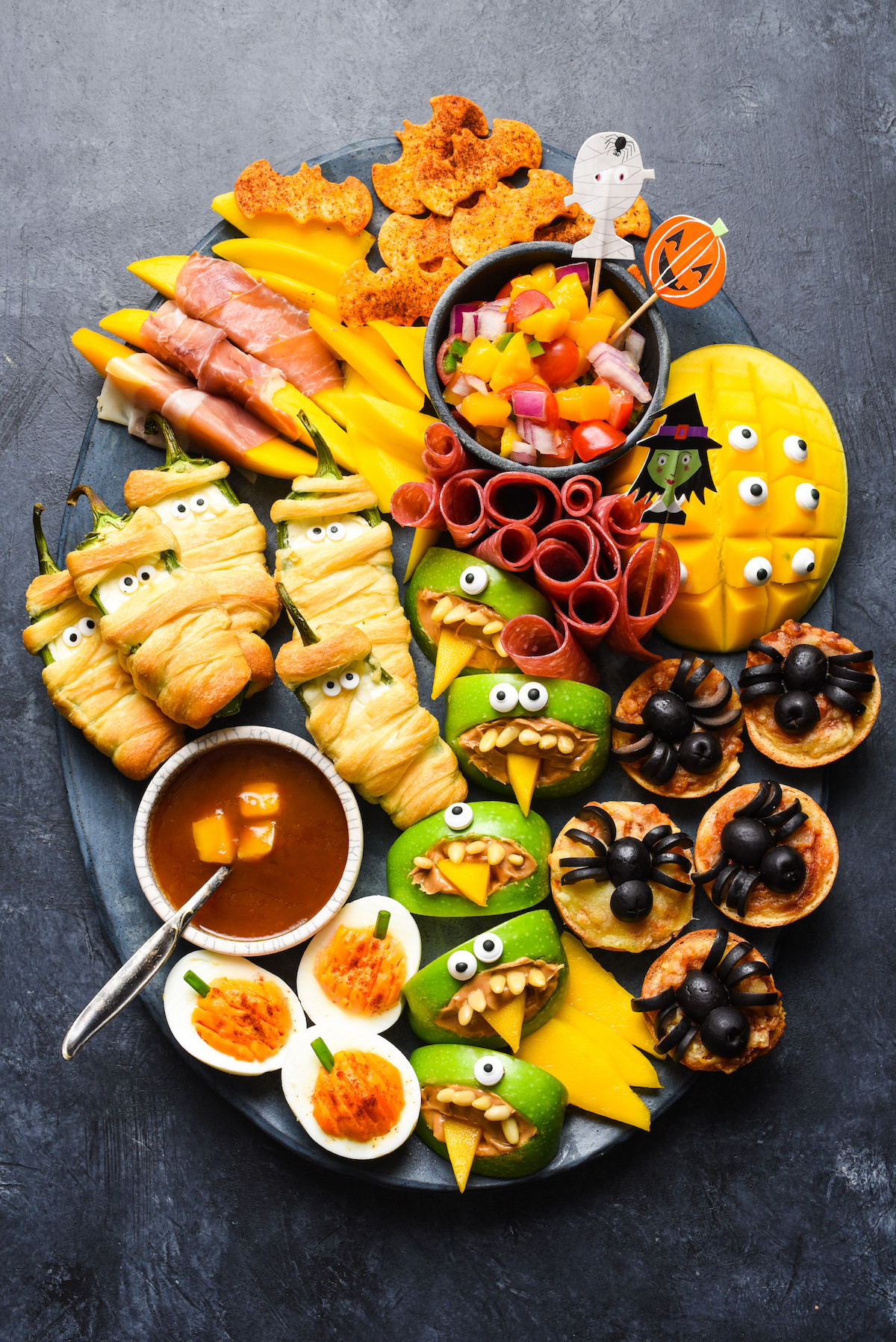 Halloween Party Snack Ideas  Halloween Snack Dinner Foxes Love Lemons