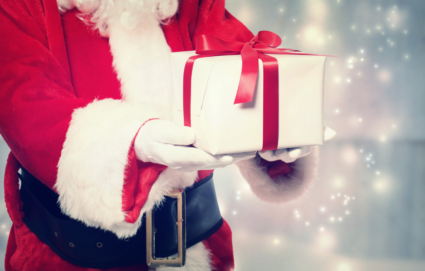 Holiday Gift Giving Ideas  From Secret Santa to Yankee Swap Holiday Gift Exchange