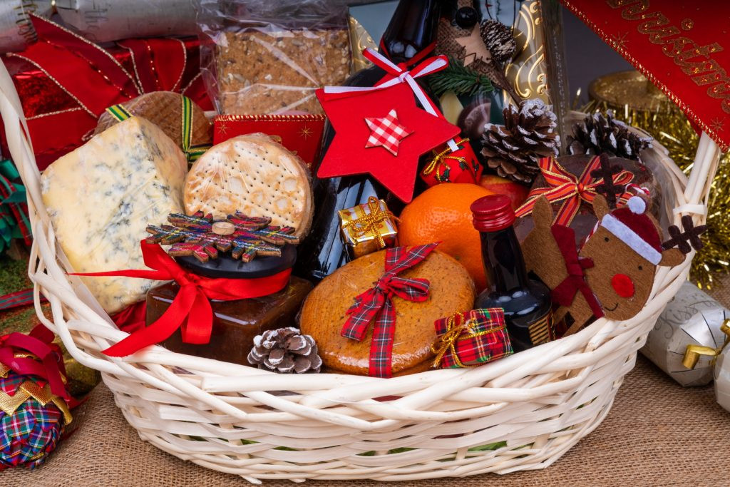 Holiday Gift Ideas For Staff  The Best Christmas Gift Ideas for Employees