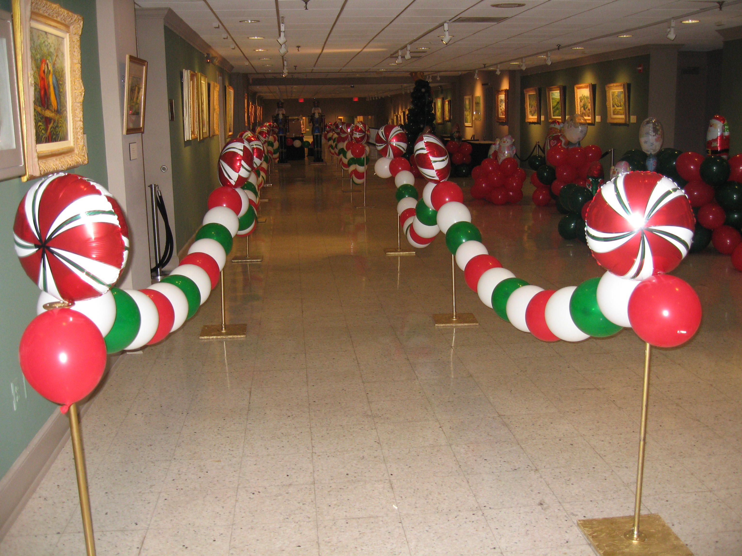 Holiday Party Ideas For Small Office  decorating winter wonderland christmas