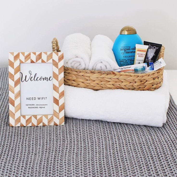 House Guest Gift Basket Ideas  25 best ideas about Guest Wel e Baskets on Pinterest