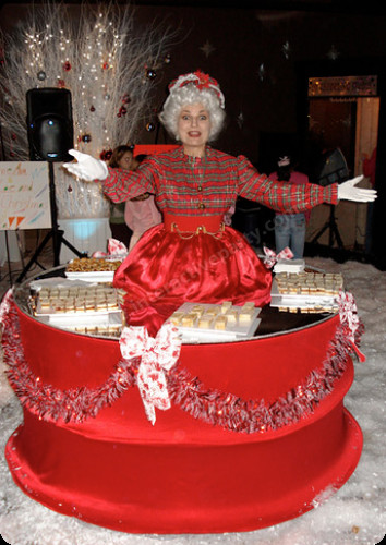 Interactive Holiday Party Ideas  Holiday Living Tables