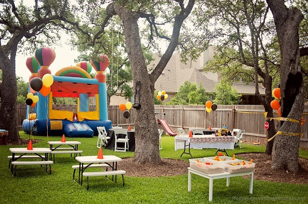 Kids Backyard Birthday Party Ideas  Backyard Kids Party With Jumping Castle – Planet Entertainment