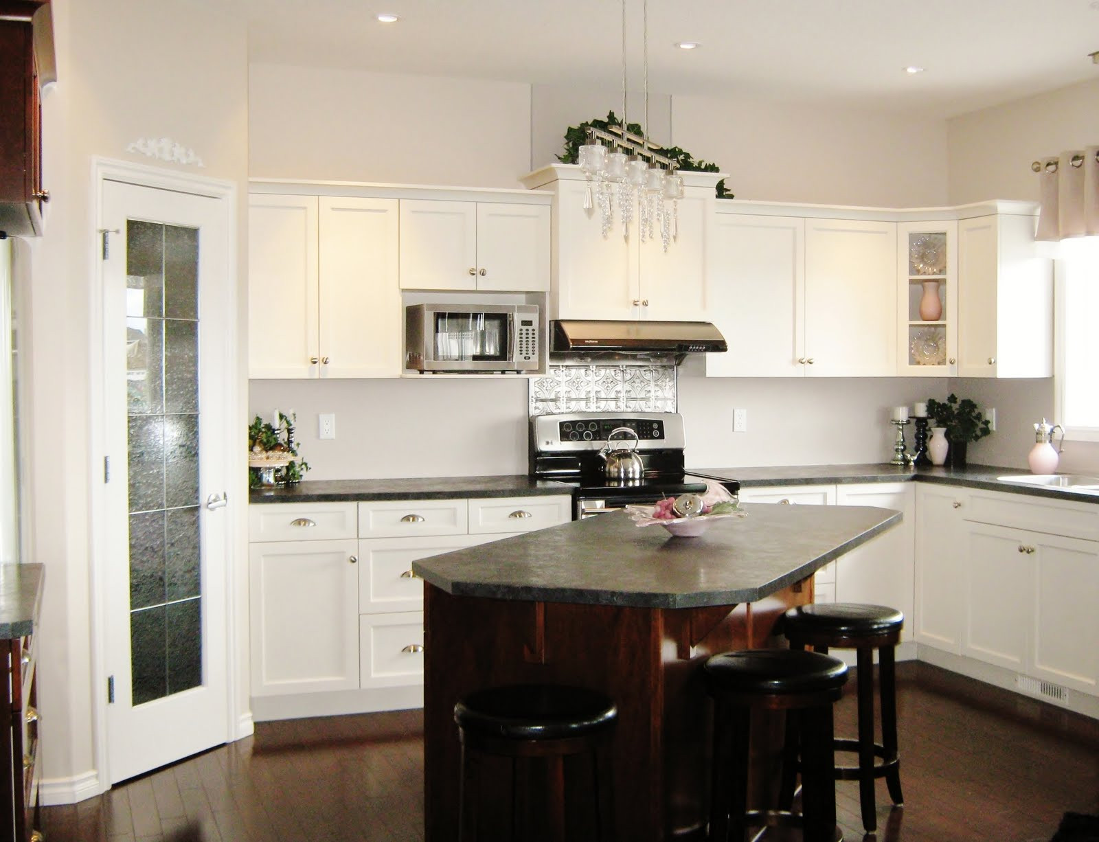 Kitchen Island Ideas For Small Kitchens  How to Create a Stylish Kitchen in a Small Space ASPIRE