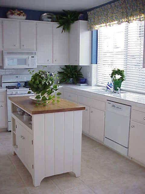 Kitchen Island Ideas For Small Kitchens  25 best Small kitchen islands ideas on Pinterest