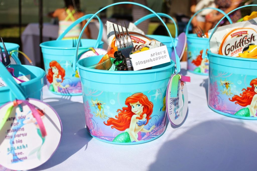 Little Mermaid Party Decoration Ideas  14 Awesome Little Mermaid Birthday Party ideas