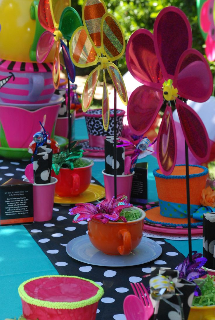 Mad Hatter Tea Party Decoration Ideas  371 best images about Alice In Wonderland on Pinterest