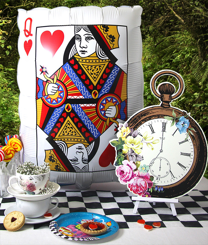 Mad Hatter Tea Party Decoration Ideas  How to Throw a Mad Hatter s Tea Party
