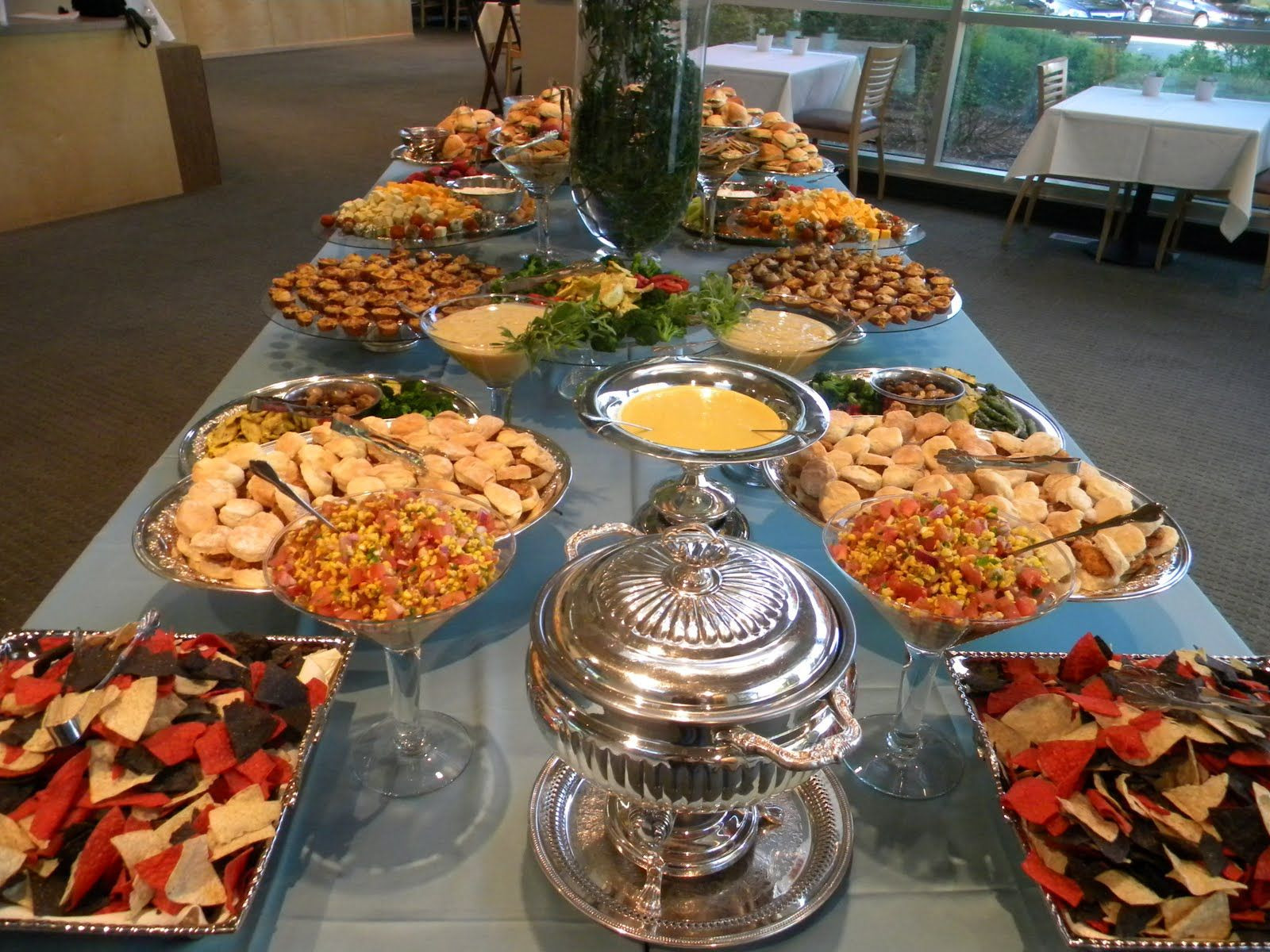 Mexican Dinner Party Menu Ideas  Mexican food buffet I like the idea of having a buffet so