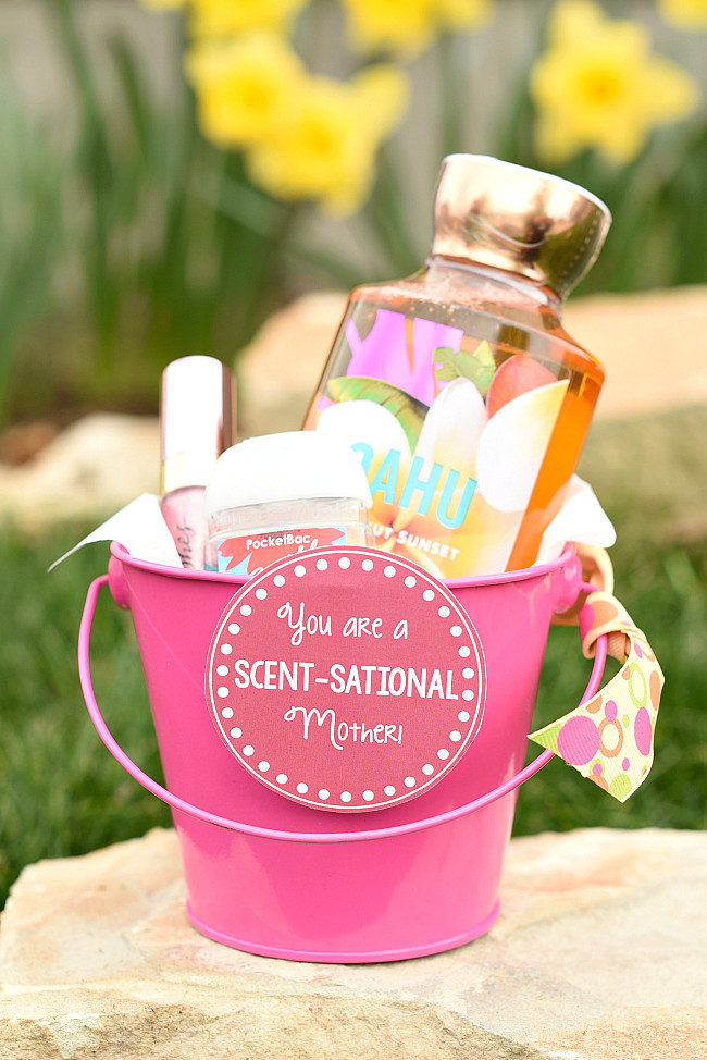 Mother'S Day Jewelry Gift Ideas  25 Cute Mother s Day Gifts – Fun Squared