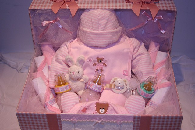 Newborn Baby Gift Ideas For Parents  Give Expecting Parents the Best Gifts with These 5 Ideas