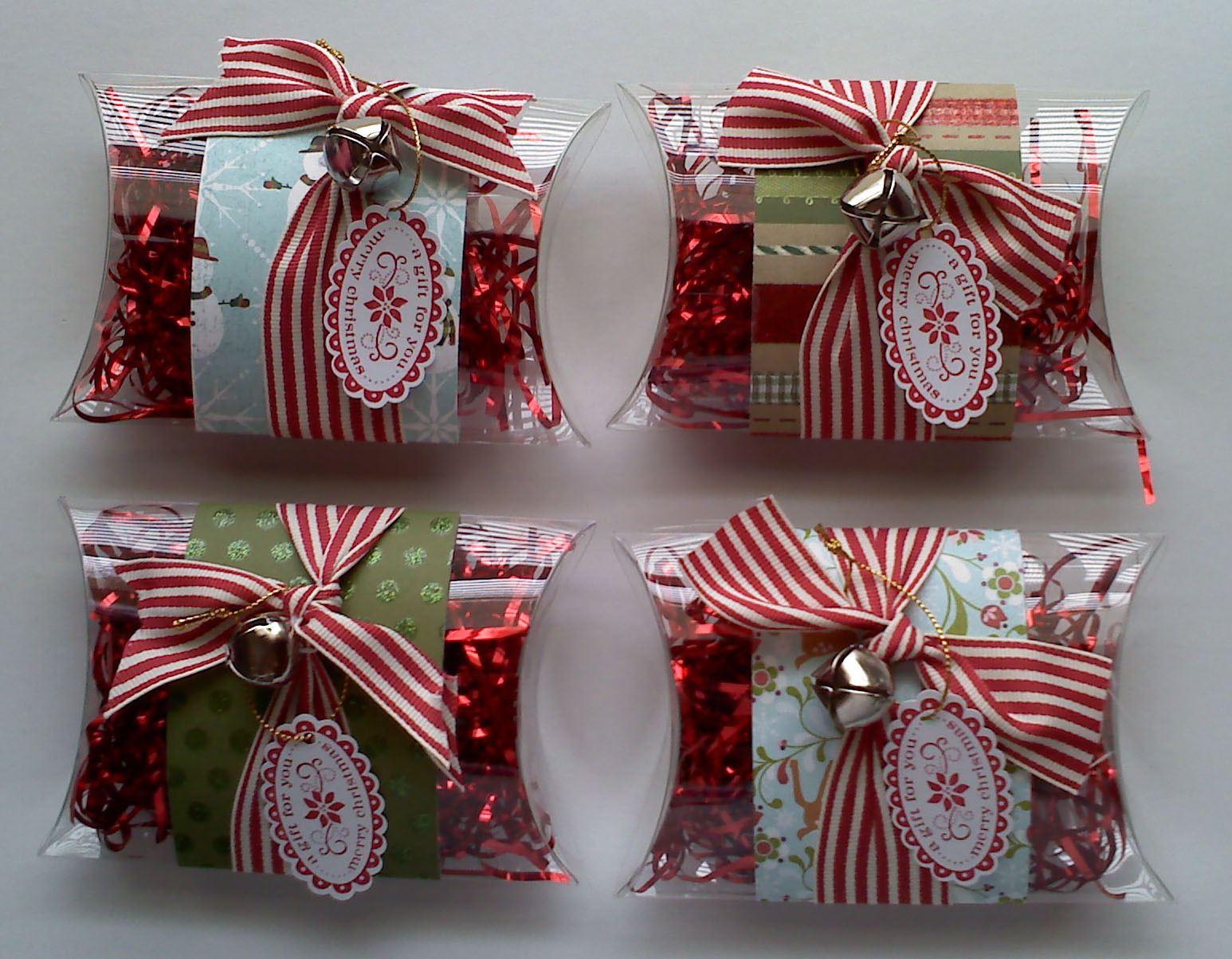 Office Holiday Gift Ideas  It s Written on the Wall Christmas Gifts for Teachers