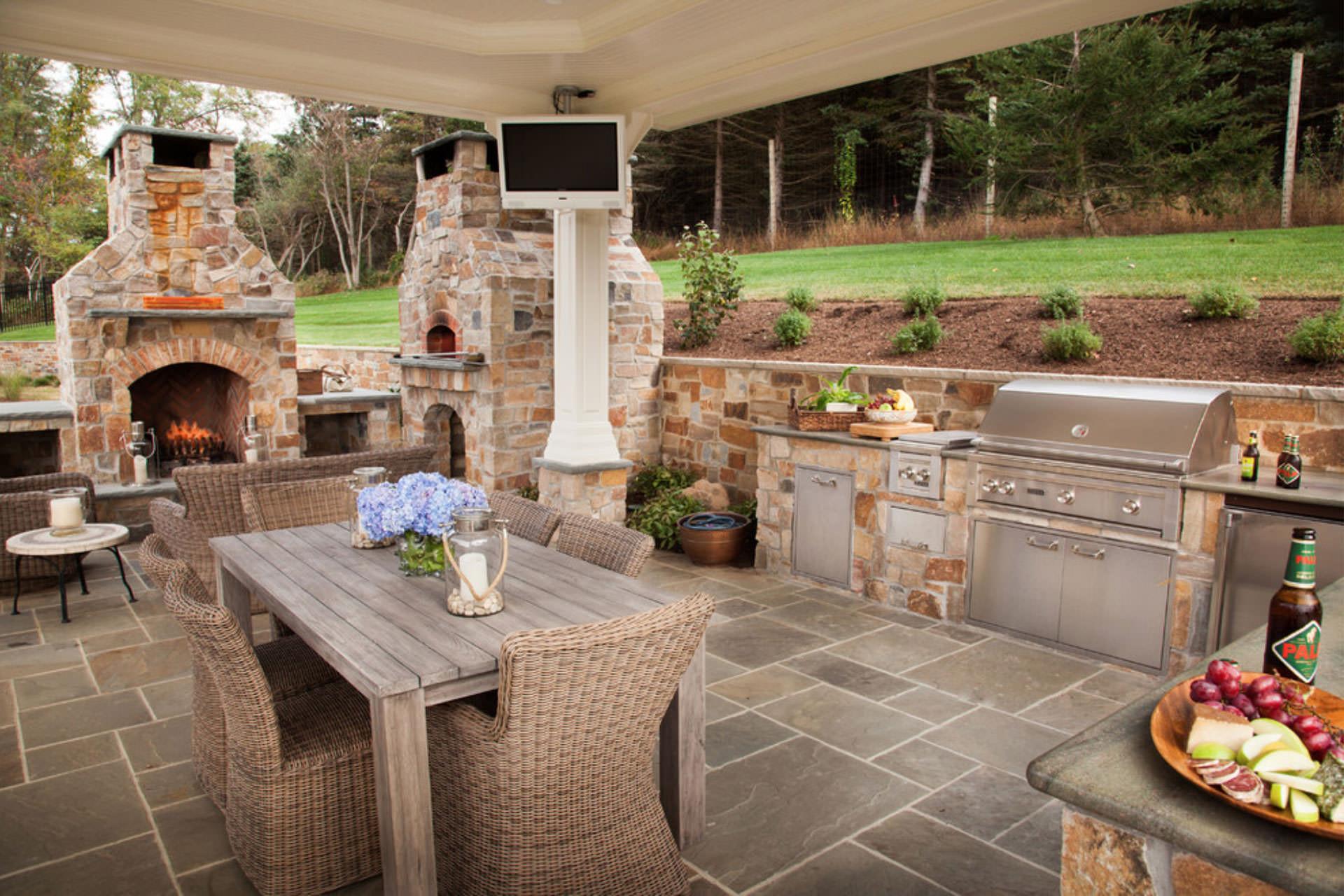 Outdoor Kitchen Designs  Five Popular Design Features for Outdoor Entertaining