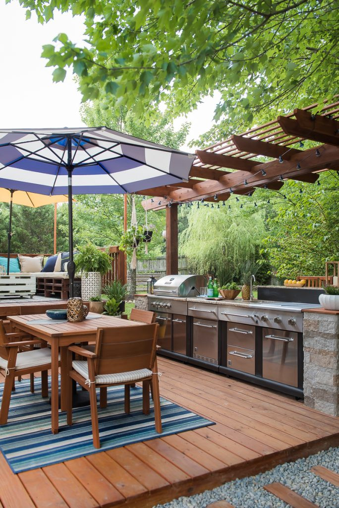Outdoor Kitchen Diy  AMAZING OUTDOOR KITCHEN YOU WANT TO SEE