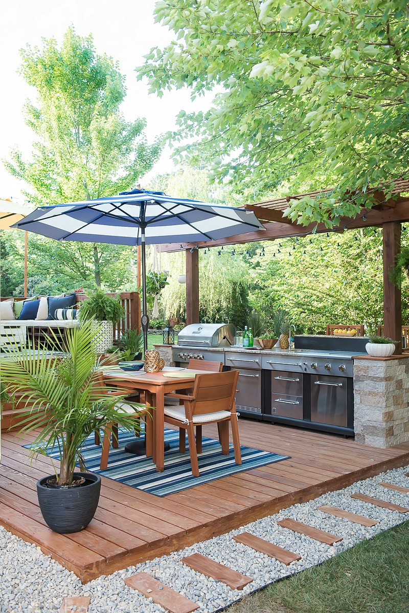 Outdoor Kitchen Diy  An Amazing DIY Outdoor Kitchen A Simple Way to Add Style