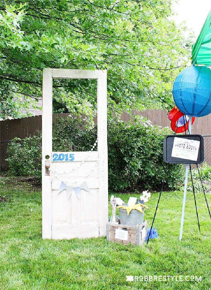 Photo Booth Ideas For Graduation Party  101 Graduation Party Ideas Decoration Themes Grad Party