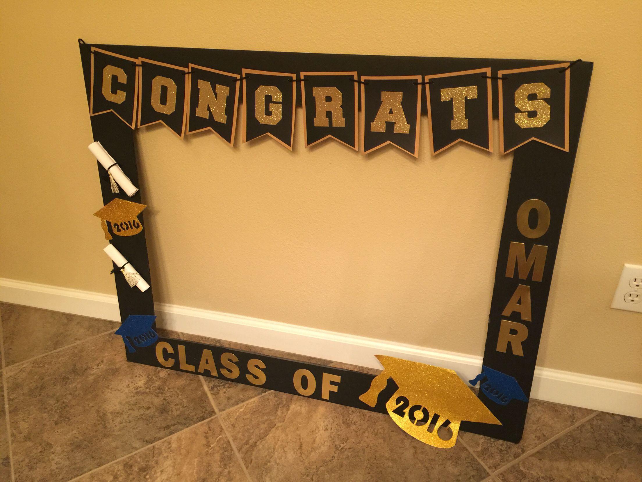 Photo Booth Ideas For Graduation Party  Graduation DIY photo booth DIY