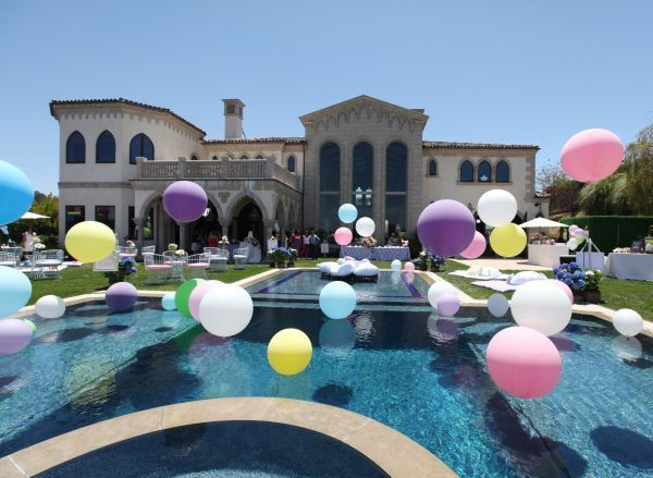 Pool Party Baby Shower Ideas  Best 25 Floating pool decorations ideas on Pinterest
