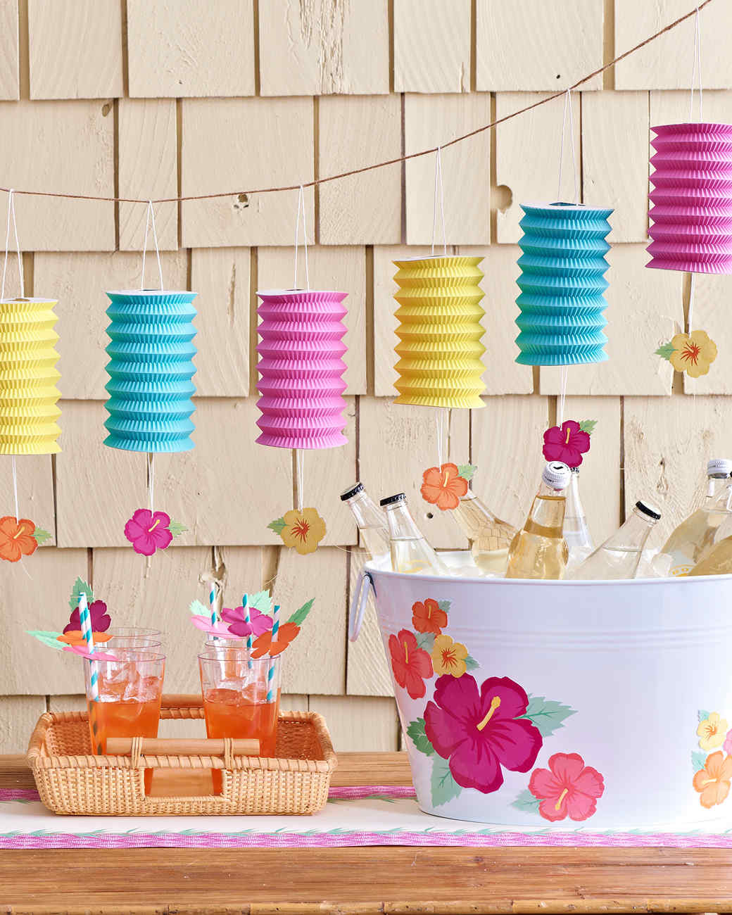 Pool Party Decorations Ideas  How to Plan the Perfect Pool Party