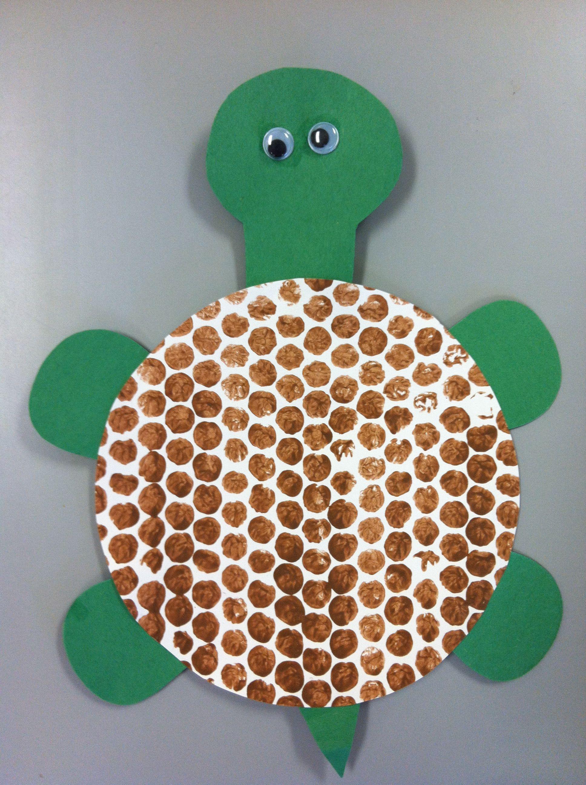 Preschool Arts And Crafts Ideas  Bubble wrap painting turtle shell Turtle preschool art