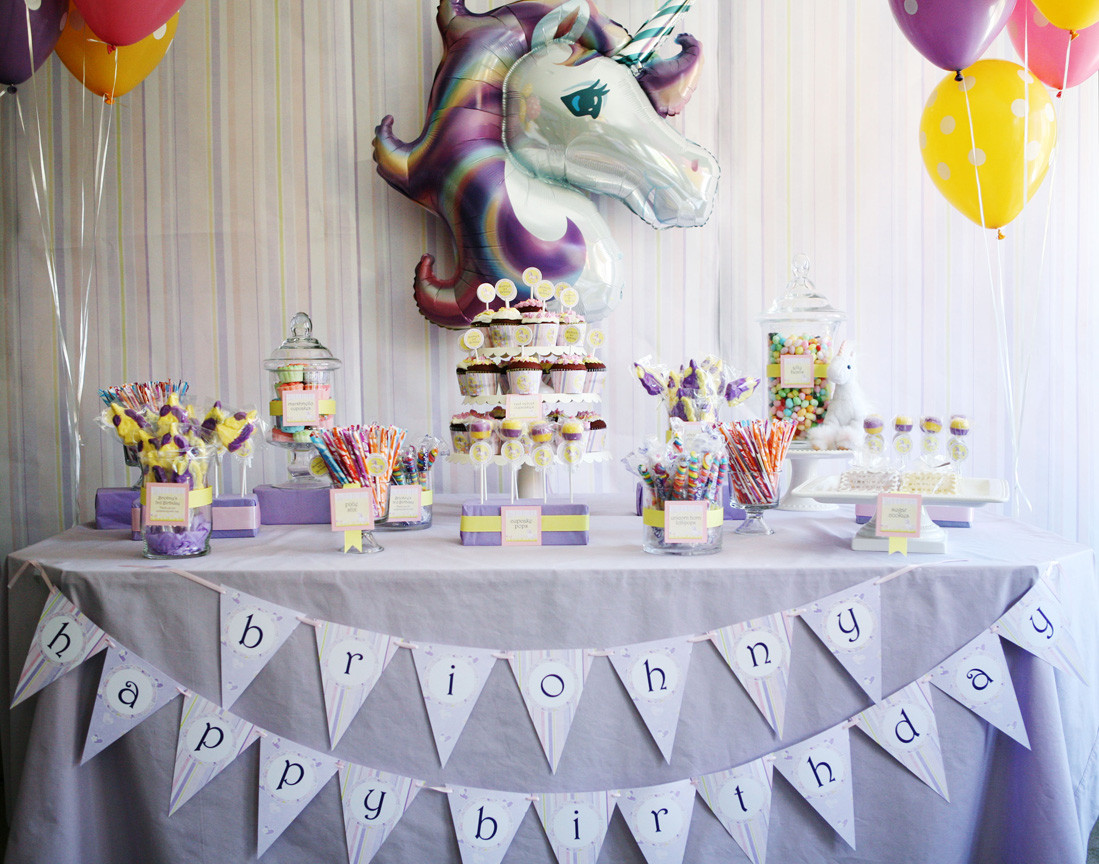 Unicorn Party Table Ideas  Invitation Parlour It s So Fluffy d Magical