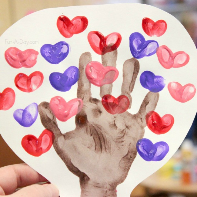 Valentine Craft Preschoolers  Beautiful and Playful Valentine s Day Crafts for